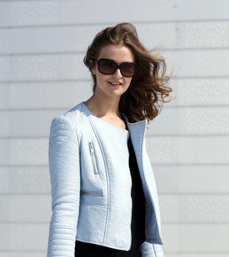 Baby blue jacket #zara #chanel sunglasses #ELLINORSANDE