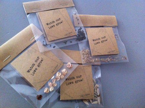 Goed idee Bedankjes bruiloft : Watch our love grow : Zaadjes van mijn lievelingsbloemen..
