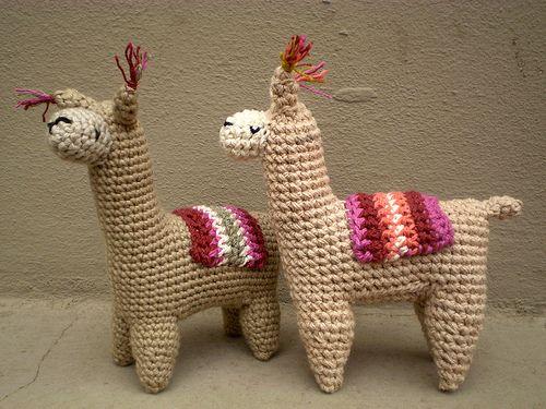 Alpaca Amigurumi Pattern Free : 15 best amigurumi lamas images on pinterest crochet toys