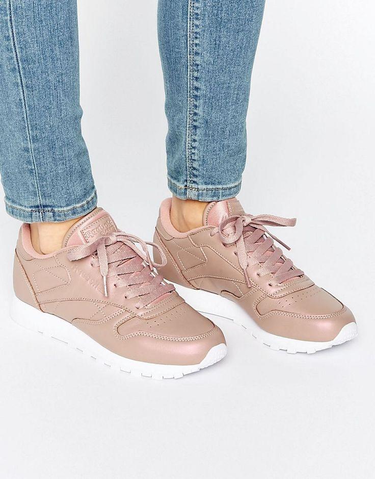 bf1031b03a4a Reebok - Baskets classiques en cuir rose Rose Gold Reebok Classics Sneakers  femme ...
