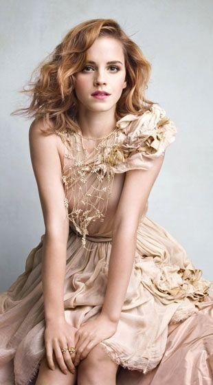 "Emma Watson ♥ April 15, 1990 in: Paris (France) Sun: 25°25' Aries AS: 27°00' Virgo Moon: 25°53' Sagittarius MC: 26°13' Gemini Dominants: Sagittarius, Capricorn, Virgo Mercury, Moon, Jupiter Houses 4, 8, 10 / Earth, Fire / Mutable Chinese Astrology: Metal Horse #numerology: Birthpath 11 Height: Emma Watson is 5' 5"" (1m65) tall #chinesenumerology"