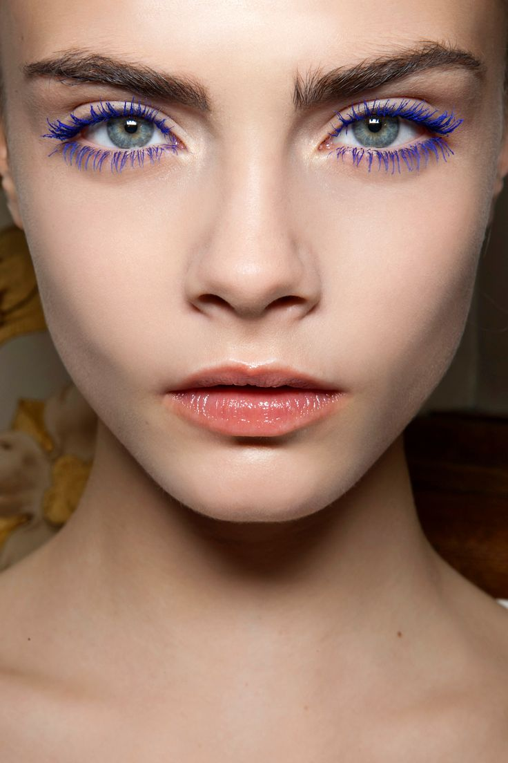 Your Guide to the Best Colored Mascara's, and Which Shade to wear based on YOUR eye color | Cara Delevigne's eyes pop in Purple Mascara