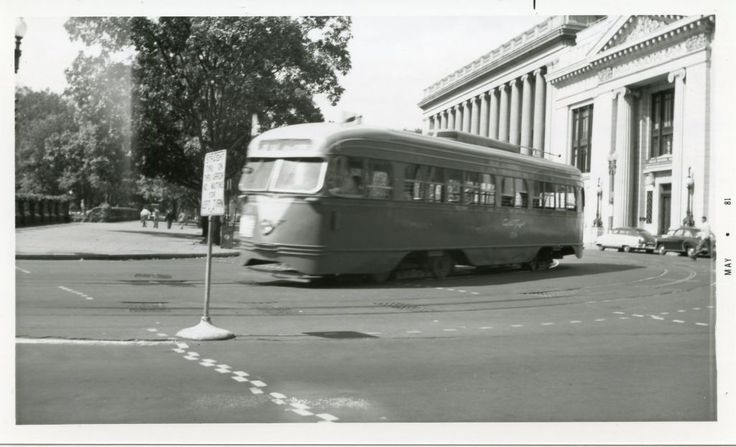 Capital Transit PCC eastbound at 15th Street and Pennsylvania Avenue NW.