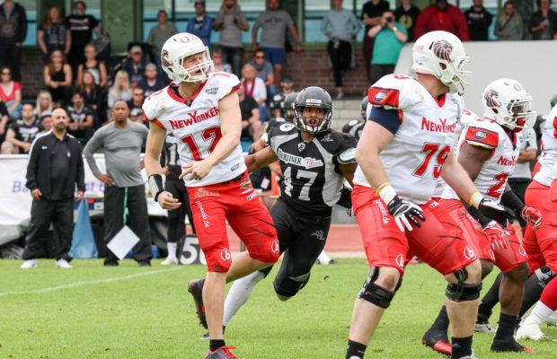 Ton Van Duijin QB...Braunschweig New Yorker Lions- German Football League- American Football International