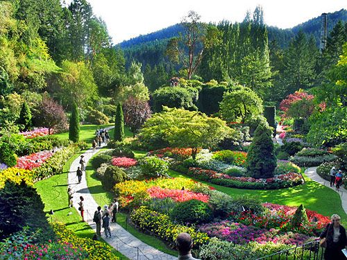 Butchart Gardens on Vancouver Island, British Columbia, Canada http://attractions.uptake.com/blog/butchart-gardens-vancouver-island-british-columbia-canada-1030.html