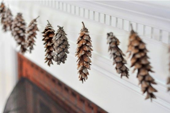 minimalist holiday decor | The Minimalist Mom