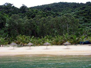 Ngoc Vung Beach, More details at http://www.reddragoncruise.com/guide/beaches-on-halong-bay/ngoc-vung-beach