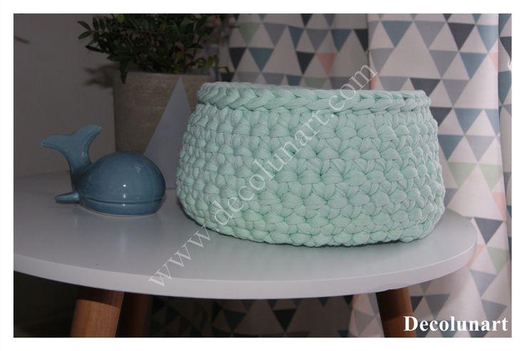 Corbeille panière minimaliste vert d'eau réalisée en coton tressé trapilho