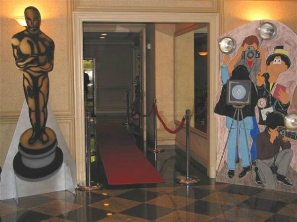 Hollywood Theme Decorations | Published June 10, 2012 at 600 × 450 in Hollywood Theme Ideas for a ...