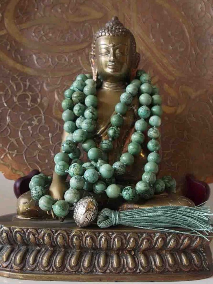 Sally McBride Design GREEN TURQUOISE mala comprised of 108 beads 10mm in diameter each with a silver guru bead and tassel.