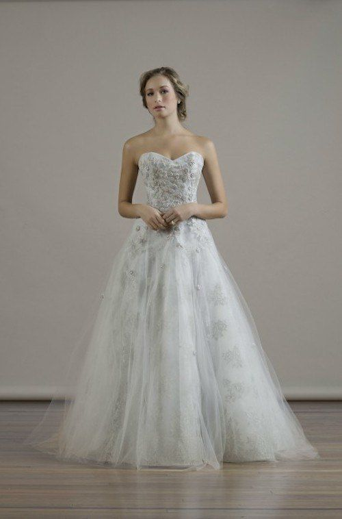 The perfect dress for the fairytale bride! Fall 2015 Liancarlo Wedding Dresses