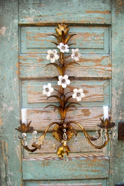Vintage tole sconce  ~ Shabby chic style