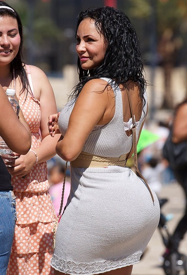 Mom with phat ass