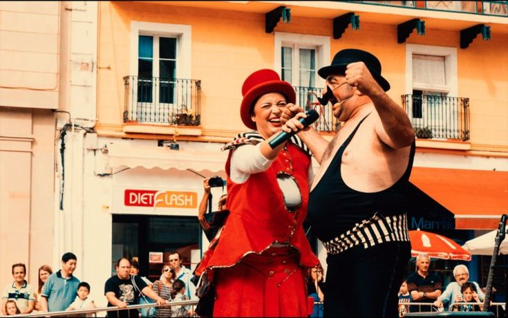 """#CIRCO #MUSICA #CLOWN #ESPECTACULO #CIRC #AMBULANT #LLEIDA #CATALUNYA #CROWDFUNDING  """"SAC Espectacles"""" entra a gravar el seu primer CD/DVD-Karaoke de """"DANSCIRCANT, La Meravellosa Història Del Circ Ambulant"""" per tal de poder gaudir del circ i la música des de qualsevol lloc. Crowdfunding verkami: http://www.verkami.com/projects/17005-el-cddvd-de-danscircant-la-meravellosa-historia-del-circ-ambulant"""
