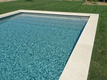 Pinterest le catalogue d 39 id es - Piscine liner ou carrelage ...