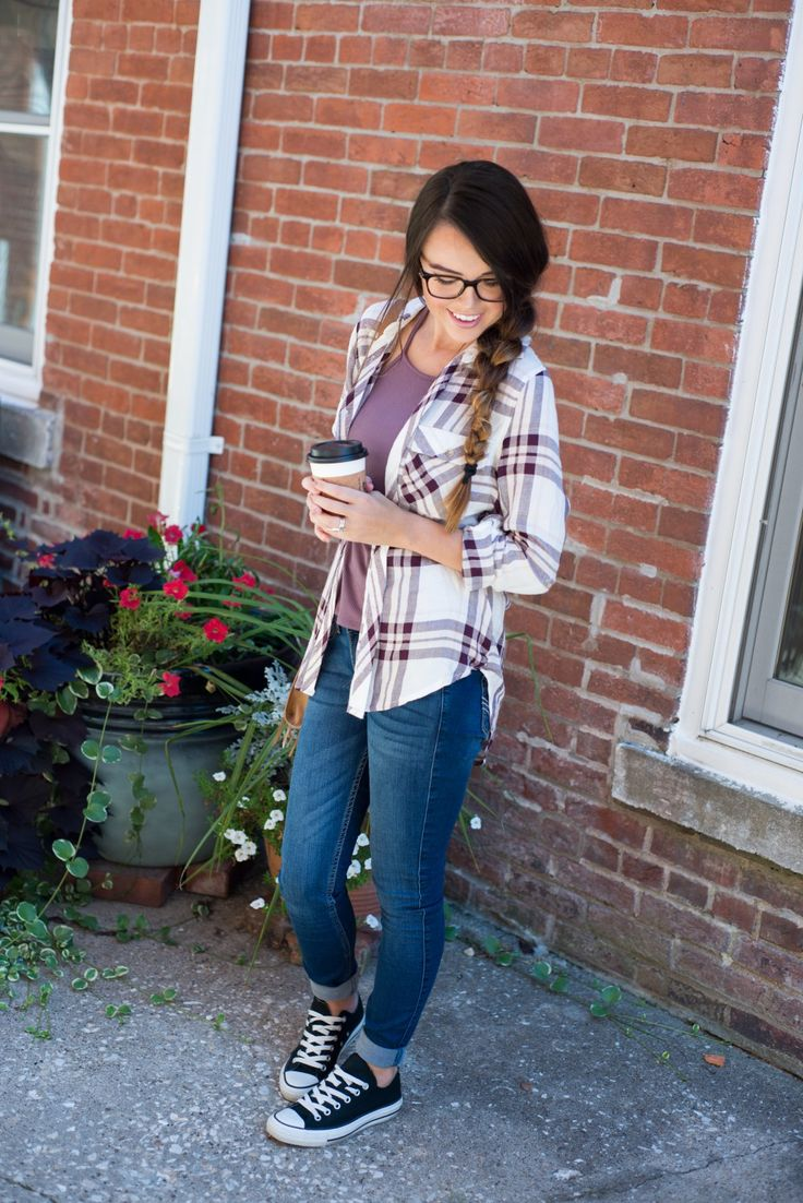 Casual outfit for fall | glasses for women | Warby Parker | #warbyparker