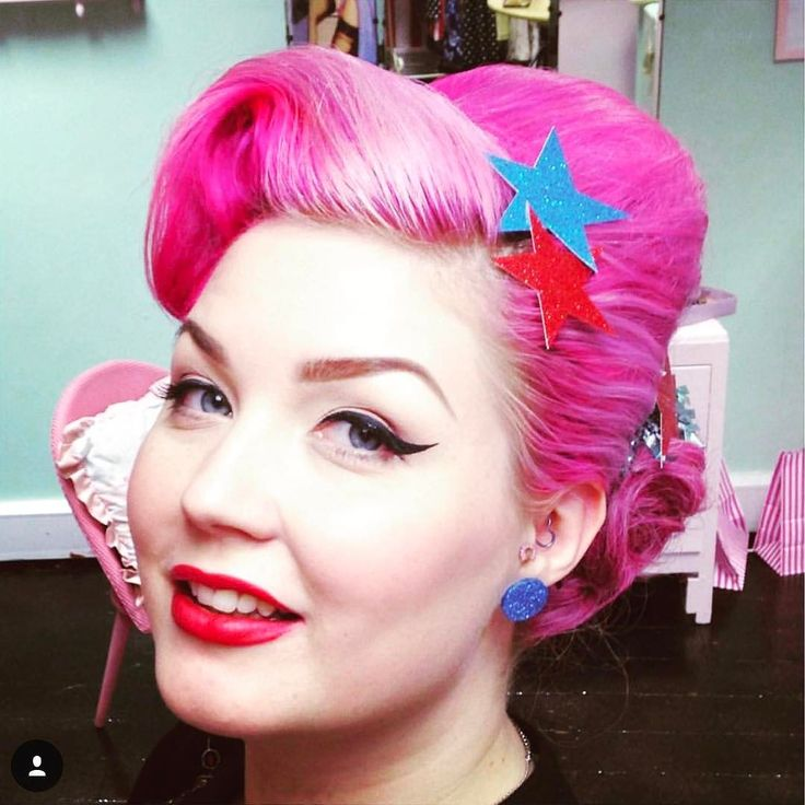 #WednesdayWisdom...follow everything @diablorose does with her hair!!! #hairgoals  #cinderlystyle #unicorn #hairstyles #haircolor #pinkhair #love #liveincolor #color