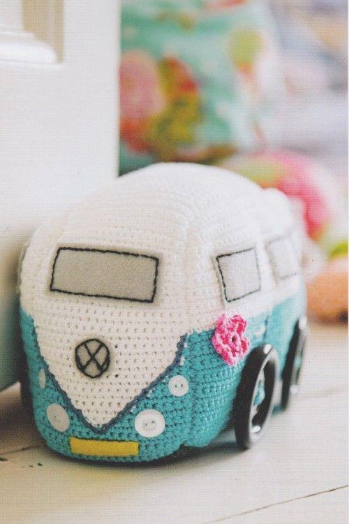Campervan from Issue 50 of Inside Crochet http://emmavarnam.co.uk/wp-content/uploads/2014/02/Bluecampervan1.jpg