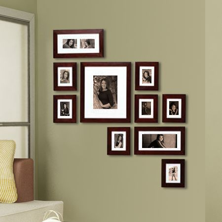 25 best ideas about photo arrangement on pinterest for Arrangement of photo frames on wall