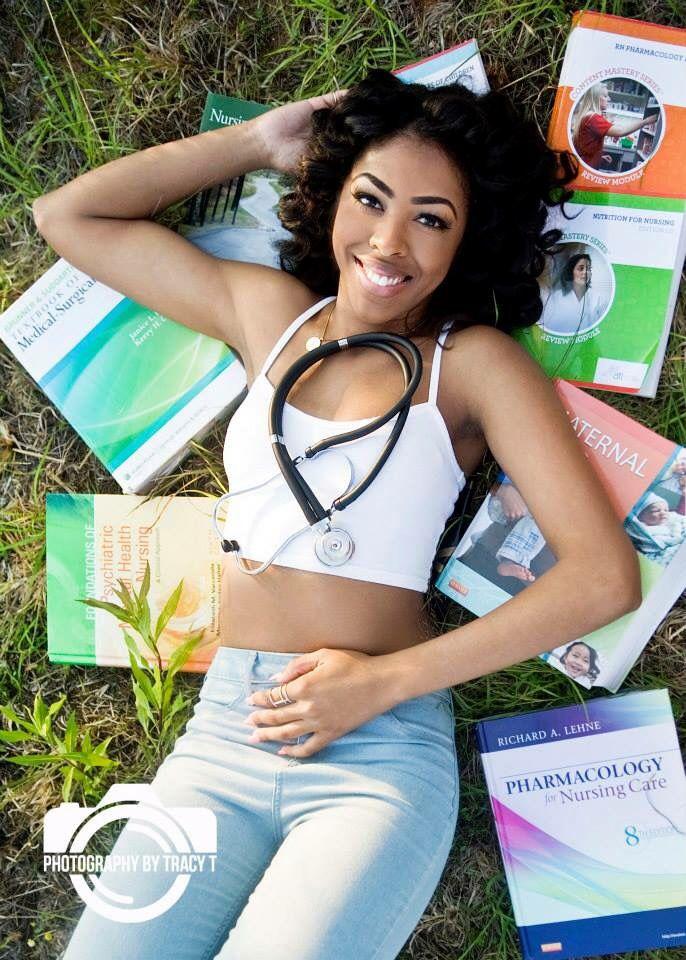Nursing Graduate, Stethoscope, Nursing Books, Nurse, RN, BSN, Nurse Pictures, Senior Pictures, Nursing, College Grad, College of Nursing, Nursing Student