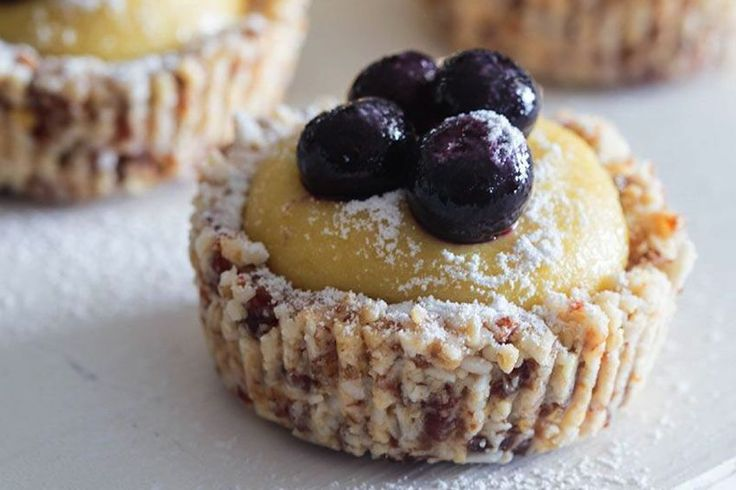 Why not try these delicious Raw Lemon-Blueberry Tartlets next time you feel like having a little dessert.