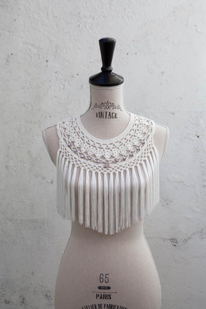 Light ecru fringed crochet collar with light by AbsentaAccessories