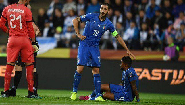 بونوتشي يعادل إنجاز ديل بييرو في مباراة إيطاليا وفنلندا موقع سبورت 360 انضم المدافع الإيطالي الدولي ليوناردو بونوتشي لاعب يوفنت Sports Jersey Jersey Sports