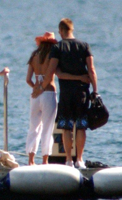 Brad Pitt Angelina Jolie Wedding Dress