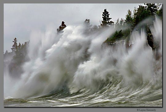 Gales of November, Lake Superior. Perhaps this makes it clearer how so many, many ships were lost in the sudden November storms on Superior and Michigan Great Lakes.