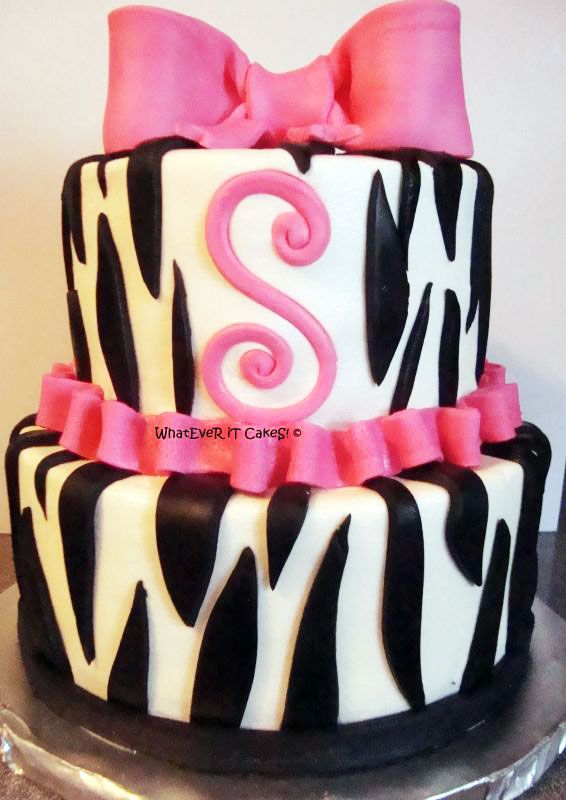 cake ideas @Alex Jones Jones Jones Hinson @Megan Ward Ward Ward Browning I think with your awesome cake decorating skills we should do this!!