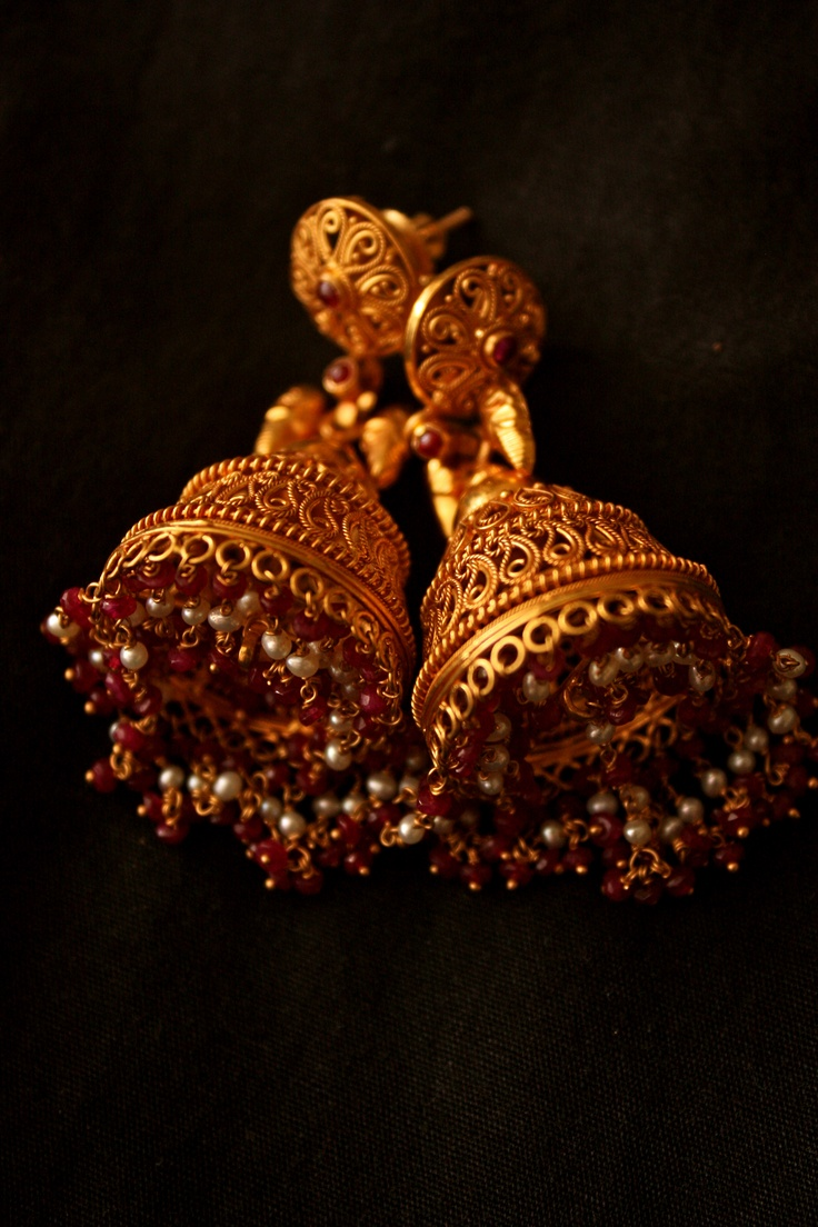 Gorgeously beautiful Jhumki's with red beads. #jhumki #jewelry #india #gold #style #antique