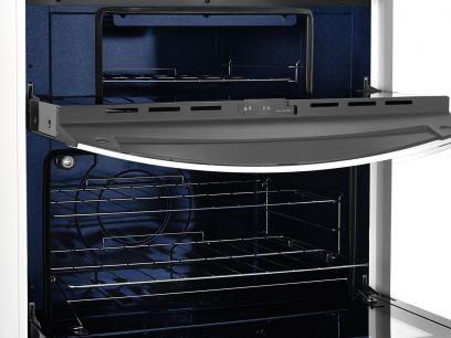 Fogão 5 Bocas Brastemp Clean Duplo Forno BFD5N - Forno Duplo Grill Acendimento Automático Branco com as melhores condições você encontra no Magazine Raimundogarcia. Confira!