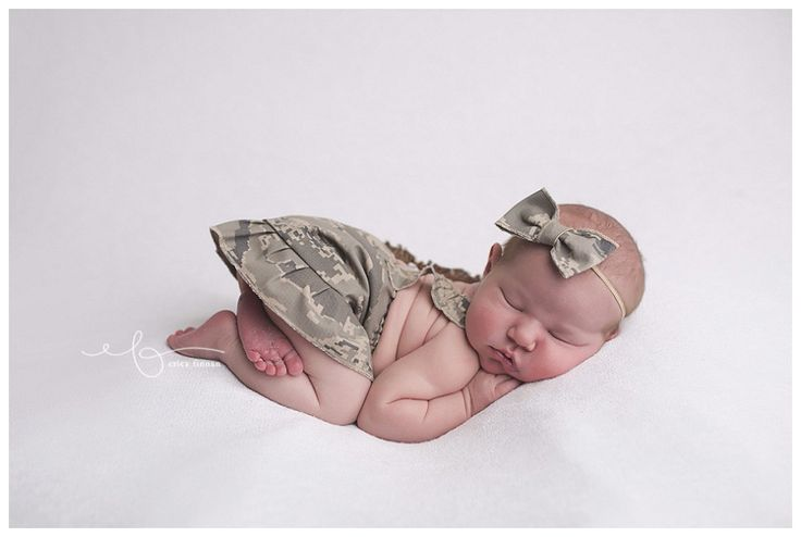 Mansfield Ohio newborn photographer, Air Force outfit