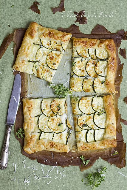 Courgette and cheese tart | {food + drink} | Pinterest