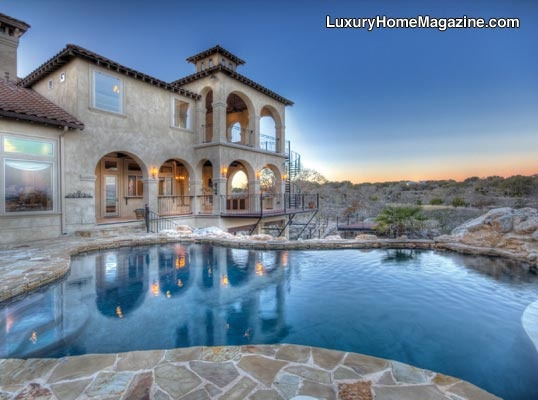 Live a beautiful life in this 7300 sq ft home that has incredible views of the golf course off of the 3 outdoor patios. Fabulous kitchen w/everything for the culinary enthusiast. Master wing is absolutely luxurious. Private study completes wing. This home has the right to purchase a Master Full Golf Membership from The  …