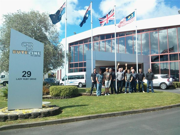 Some plumbers and staff from Chesters Mt Maunganui here at Buteline for a free guided Factory Tour