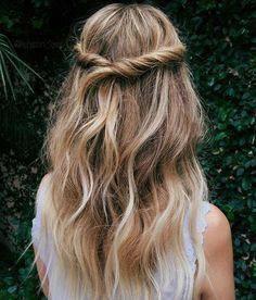 Vom natürlichen zum glatten Haar | Frisur im offenen glatten Haar | Haarschnitt-Ideen für mittleres glattes Haar 20190822