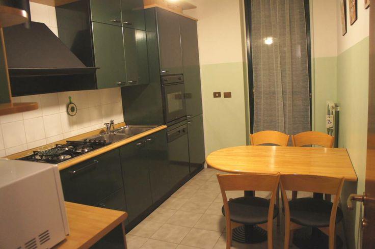 L'appartamento si trova a Cornaredo, nella frazione di S. Pietro all'Olmo, al piano rialzato di una recente palazzina posizionata in una zona molto silenziosa.