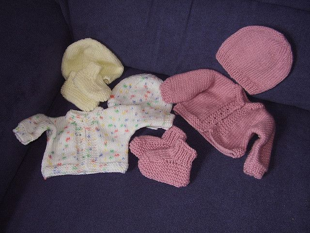 Premature Baby S Cardigan Hat And Bootees By Lorna Hanson