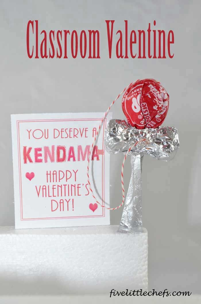 This fun kendama classroom #valentine is easy to make with a few supplies. #Printables included. My kids are going to love these easy crafts valentines crafts! #FiveLittleChefs