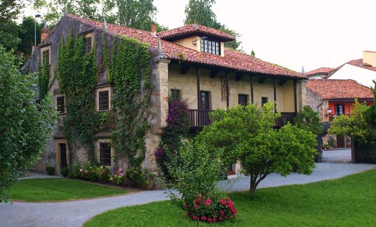 Casona cántabra en Comillas #Cantabria #Spain #Travel