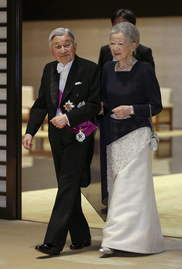 The Emperor Akihito and Empress Michiko of Japan looked dignified in their finest dinner dress as they attends the state dinner at the Imperial Palace on October 11, 2016 in Tokyo, Japan.