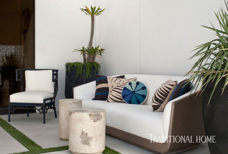<p>Midcentury design makes a splash at the Christopher Kennedy Compound Modernism Week Showhouse</p>