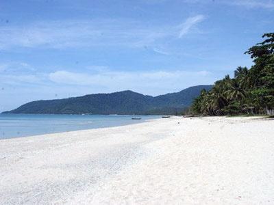 Nadan Beach, Khanom, Thailand