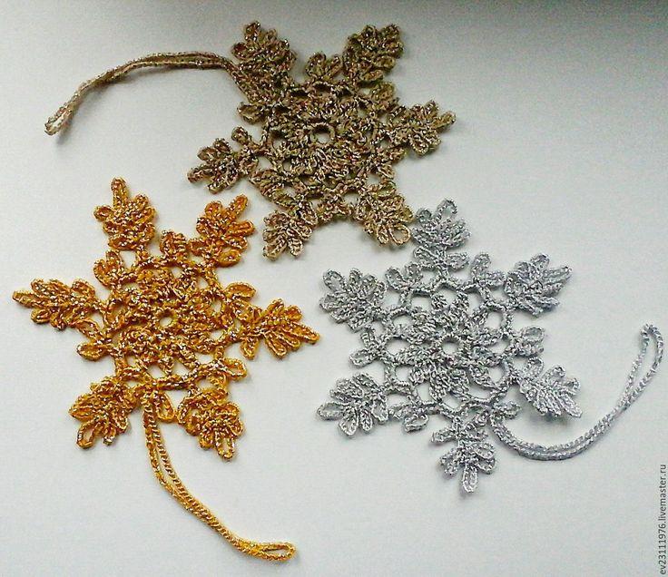 Купить ВЯЗАНЫЕ СНЕЖИНКИ( НОВОГОДНИЙ ИНТЕРЬЕР ) - комбинированный, Вязание крючком, вязание на заказ, вязание
