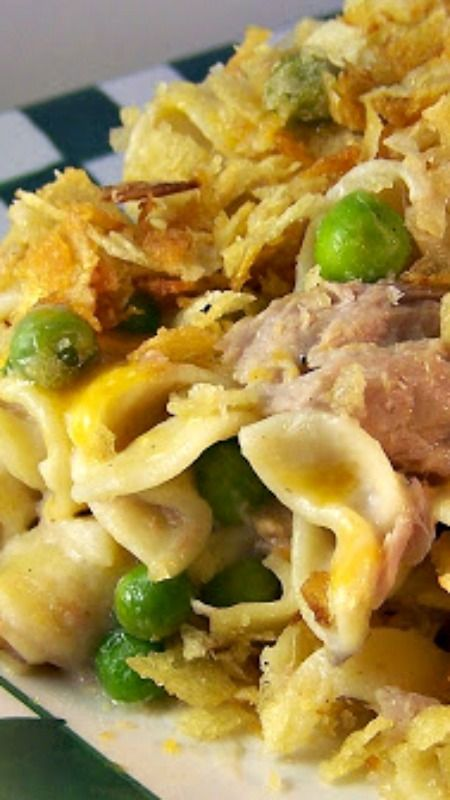 Flashback Tuna-Noodle Casserole Recipe ~ It's not gourmet. It's not fancy. It IS good old-fashioned comfort on a plate!