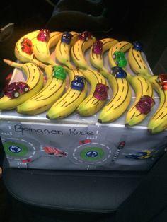 Traktatie jongens kinderdagverblijf - Bananenrace