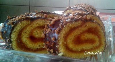 Daniela, bucatarie moldo-ardeleneasca: Rulada cu marmelada de caise, glazurata cu ciocola...