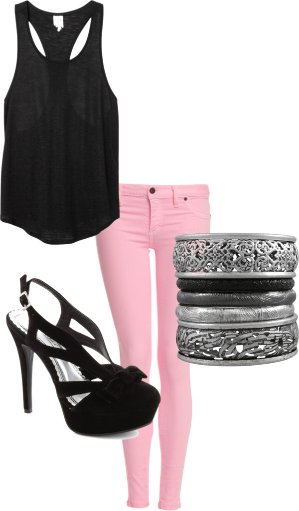 pink skinny jeans and a black shirt super cute