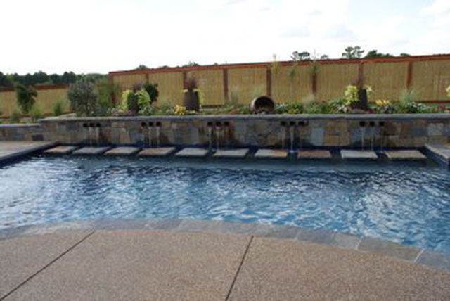 Blue Canyon Pools - Swimming Pool Builder serving Longview, and Tyler, Texas with quality custom swimming pool construction.